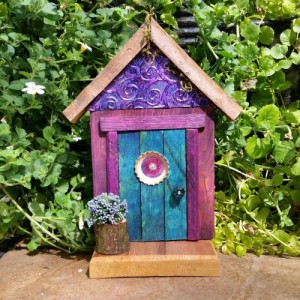 Garden Fairy Doors - GardenFairyDoors on Etsy - GardenFairies.ca
